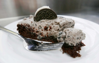 Oreo Cake, 'cause we can!